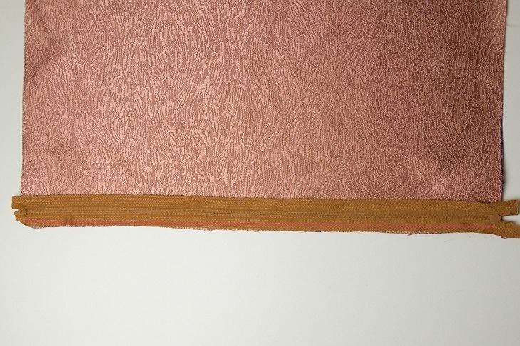 kissen mit knopfleiste oder rei verschluss n hwelt flach. Black Bedroom Furniture Sets. Home Design Ideas